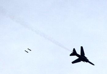 نیروهای ترکیه یک جنگنده سوریه را هدف قرار دادند