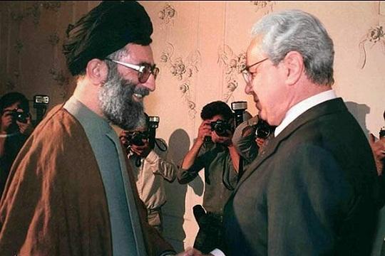 خاویر پرز دکوئیار؛ خاموشیِ آتشنشانِ جنگ ایران و عراق