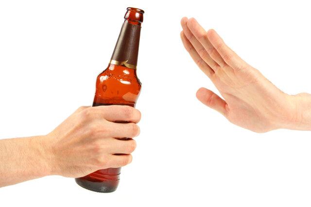 هشدار دانشگاه علوم پزشکی اهواز در پی افزایش فوتیهای مصرف الکل