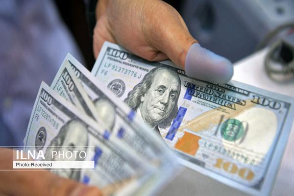 دلار ۲۰۰ تومان گران شد/ یورو، ۱۶۸۰۰ تومان