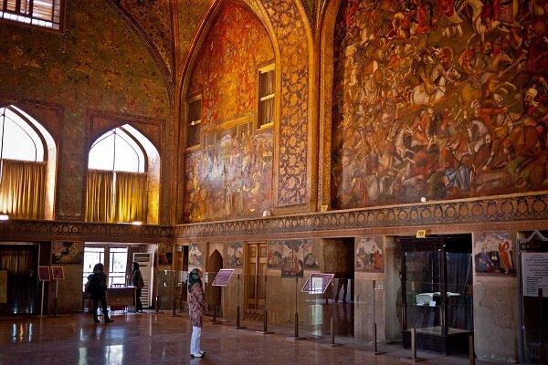علت تعطیل نشدن موزههای اصفهان