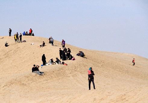 ورود گردشگران به کویر مرنجاب و سیازگه ممنوع شد