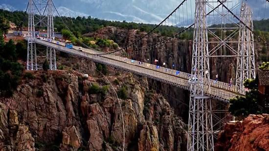 ترسناکترین پلهای جهان (+عکس)