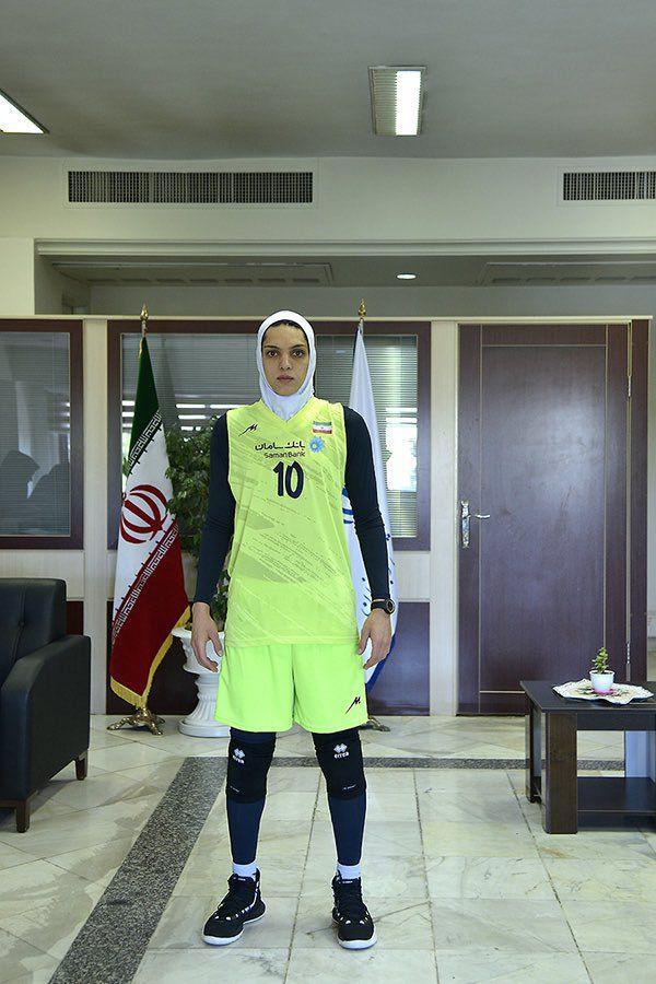 پوشش جدید دختران ورزشکار ایران در رشته های والیبال،هاکی و اسکیت
