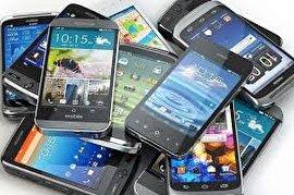 خروج برندهای تلفن همراه از ایران واقعیت ندارد