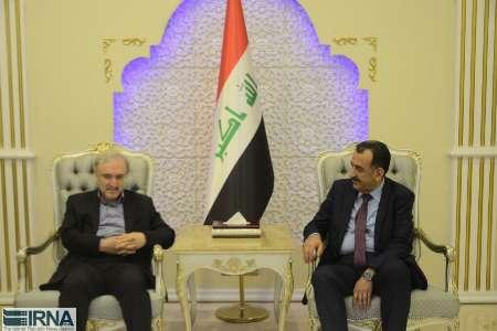 وزیر بهداشت وارد بغداد شد (+عکس)