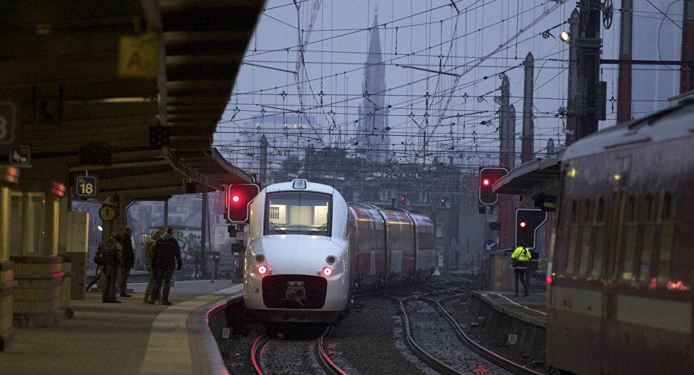 آزمایش قطار فوق سریع در ژاپن (+عکس)