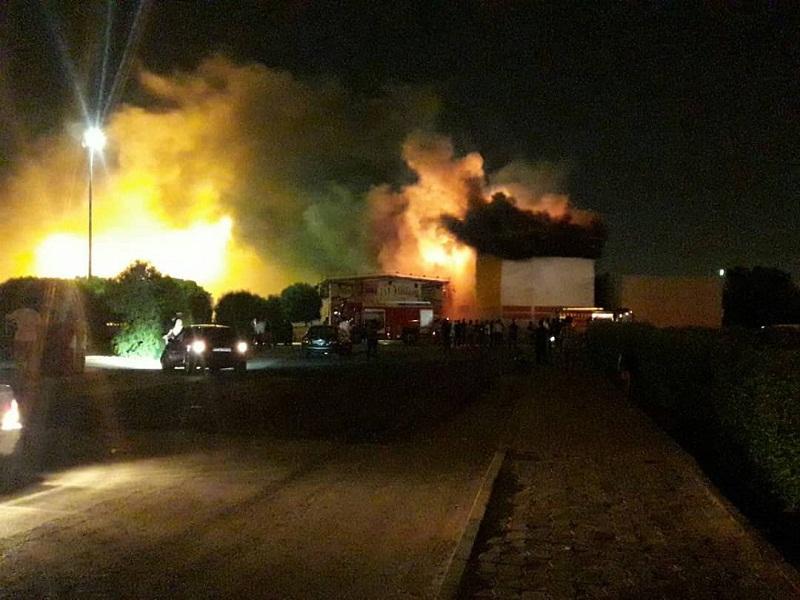 شهربازی سینما پنج بعدی اهواز آتش گرفت