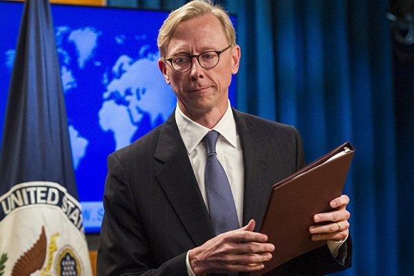 برایان هوک: یا با ایران کار کنید یا با آمریکا/ با هر دو نمیشود