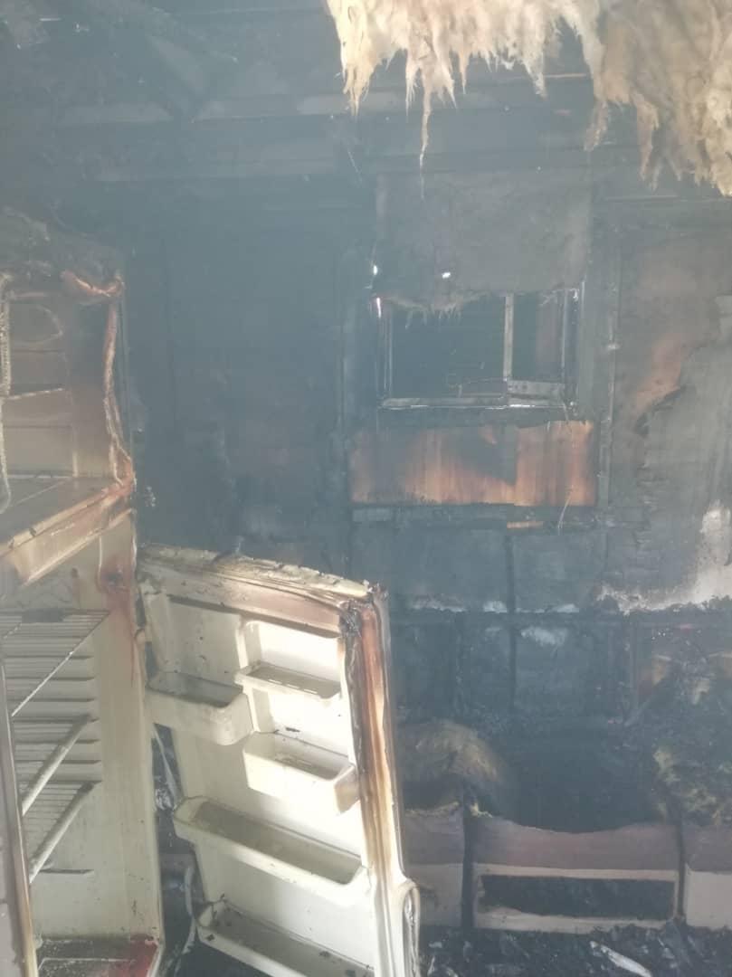 آتش سوزی در خوابگاه دخترانه اهواز (+عکس)