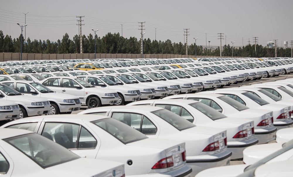 عرضه ۱۰۰ هزار خودرو جدید بزودی در بازار