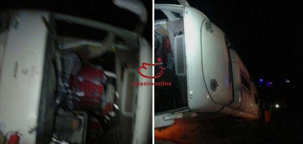 واژگونی اتوبوس در جاده اصفهان- یزد/ اسامی مصدومان