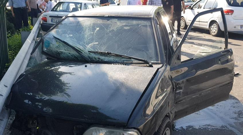 زن و شوهر سارق برای فرار از پلیس اتوبان را خلاف جهت رفتند/ خودروی سارقان با تصادف با خودروهای عبوری متوقف شد (+فیلم و عکس)