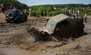 مسابقه رانندگی آفرود در مجارستان (عکس)