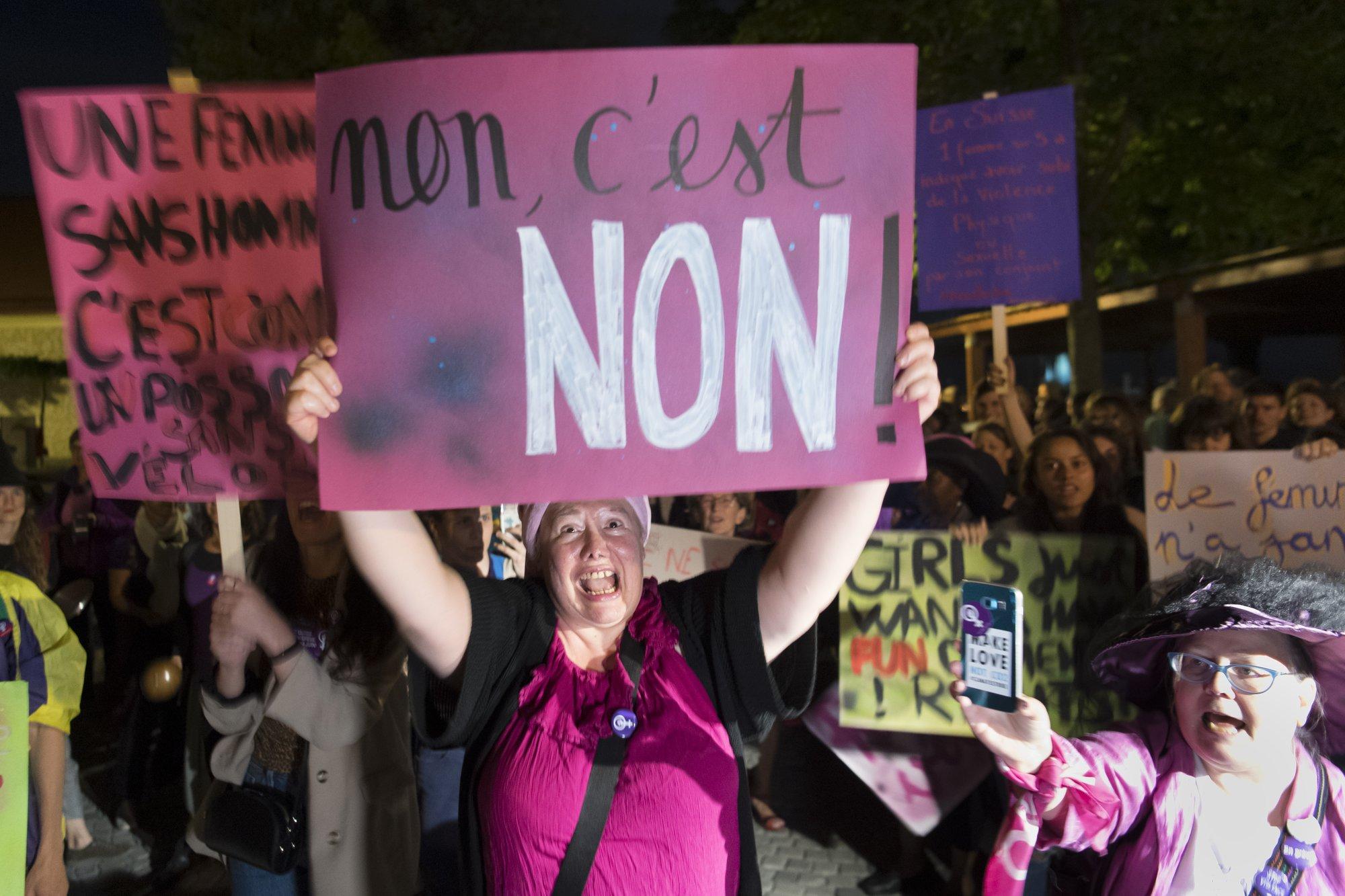 درخواست زنان بنفش سوئیس از دولت: پرداخت عادلانه، برابری بیشتر