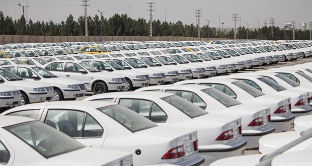نماینده مجلس: كمبود قطعات، خودروهاي توليدي را در پاركينگ ها معطل نگه داشته است
