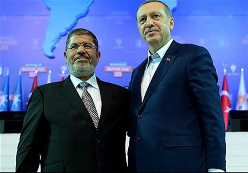 مرگ محمد مُرسی در دادگاه/ سرنوشت تراژیک مردی که نه بازرگان شد نه اردوغان