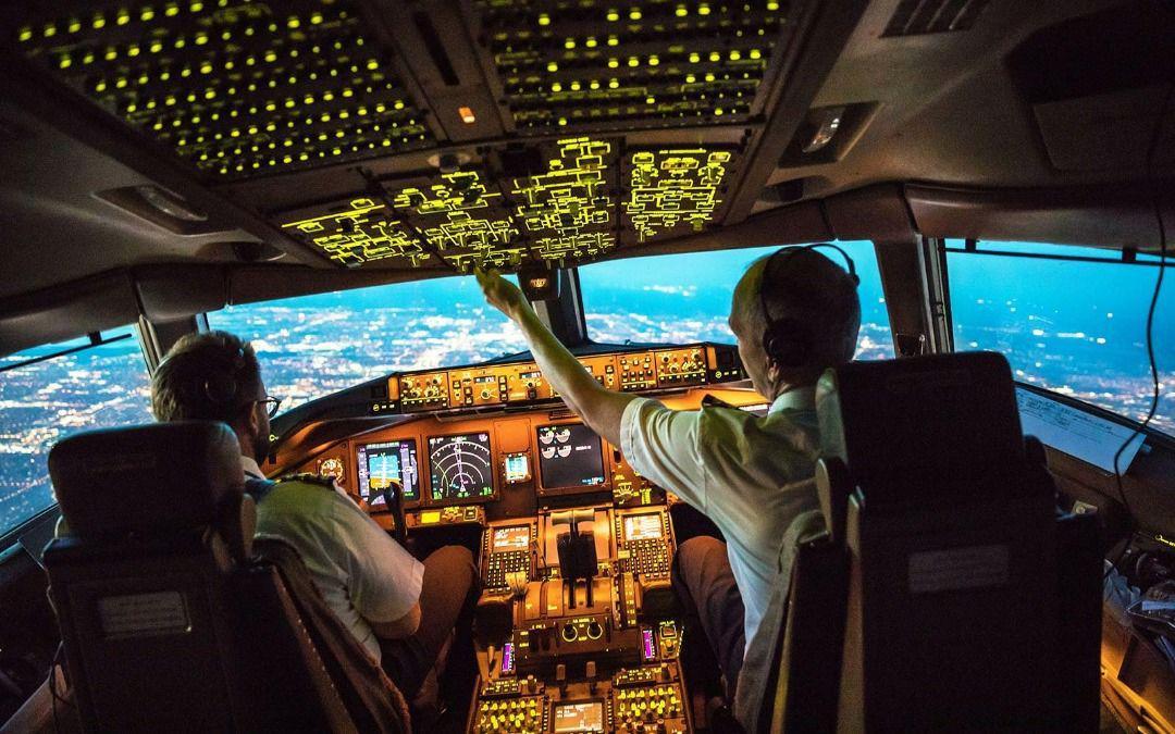 آموزش آکادمیک خلبانی در دوران نوجوانی راهی برای توسعه پایدار و ماندگار در ایران