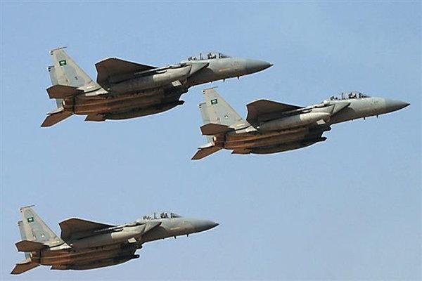 حمله سعودی به پالایشگاه فرآوردههای نفتی در «تعز»/ شهادت 9 نفر