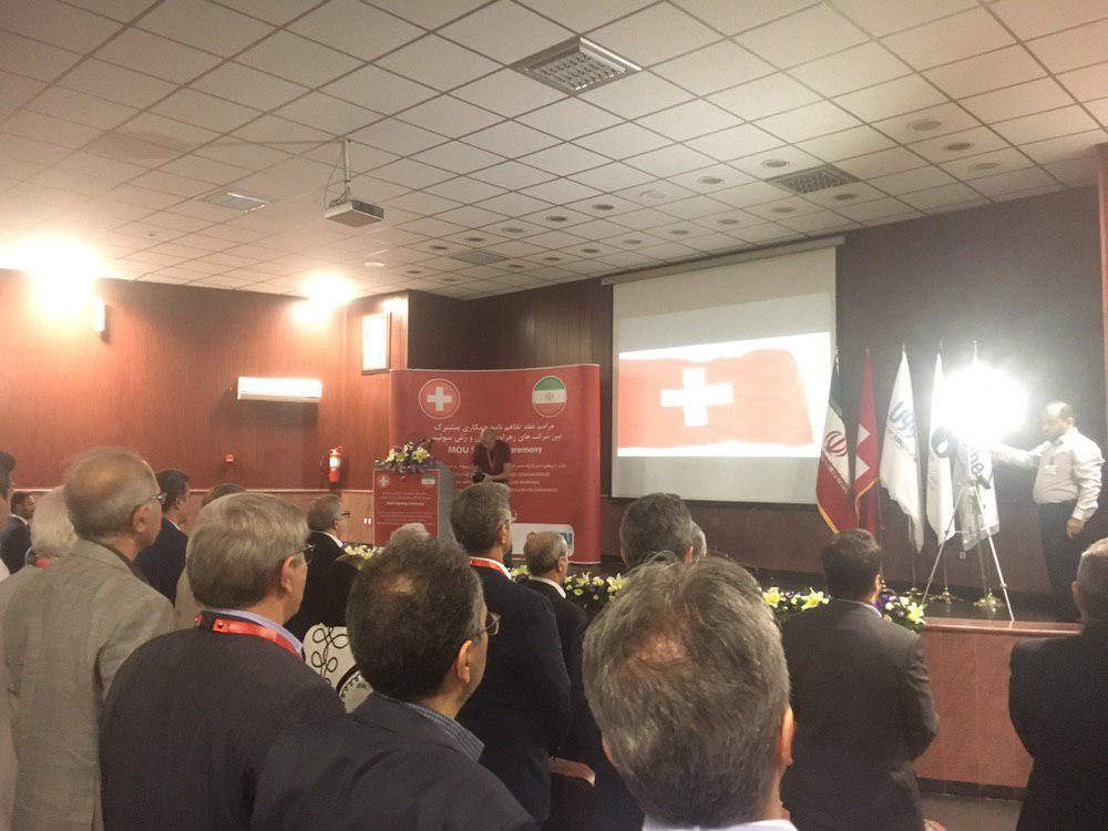علی رغم تحریم ها، تولید داروی ضد سرطان سینه در تبریز