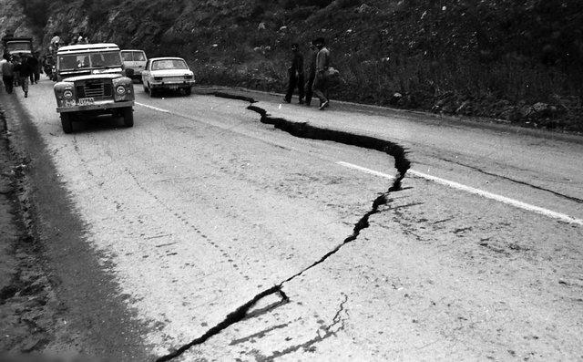 روایتهای ناگفته ۸ شاهد عینی از زلزله رودبار و منجیل(+عکس)