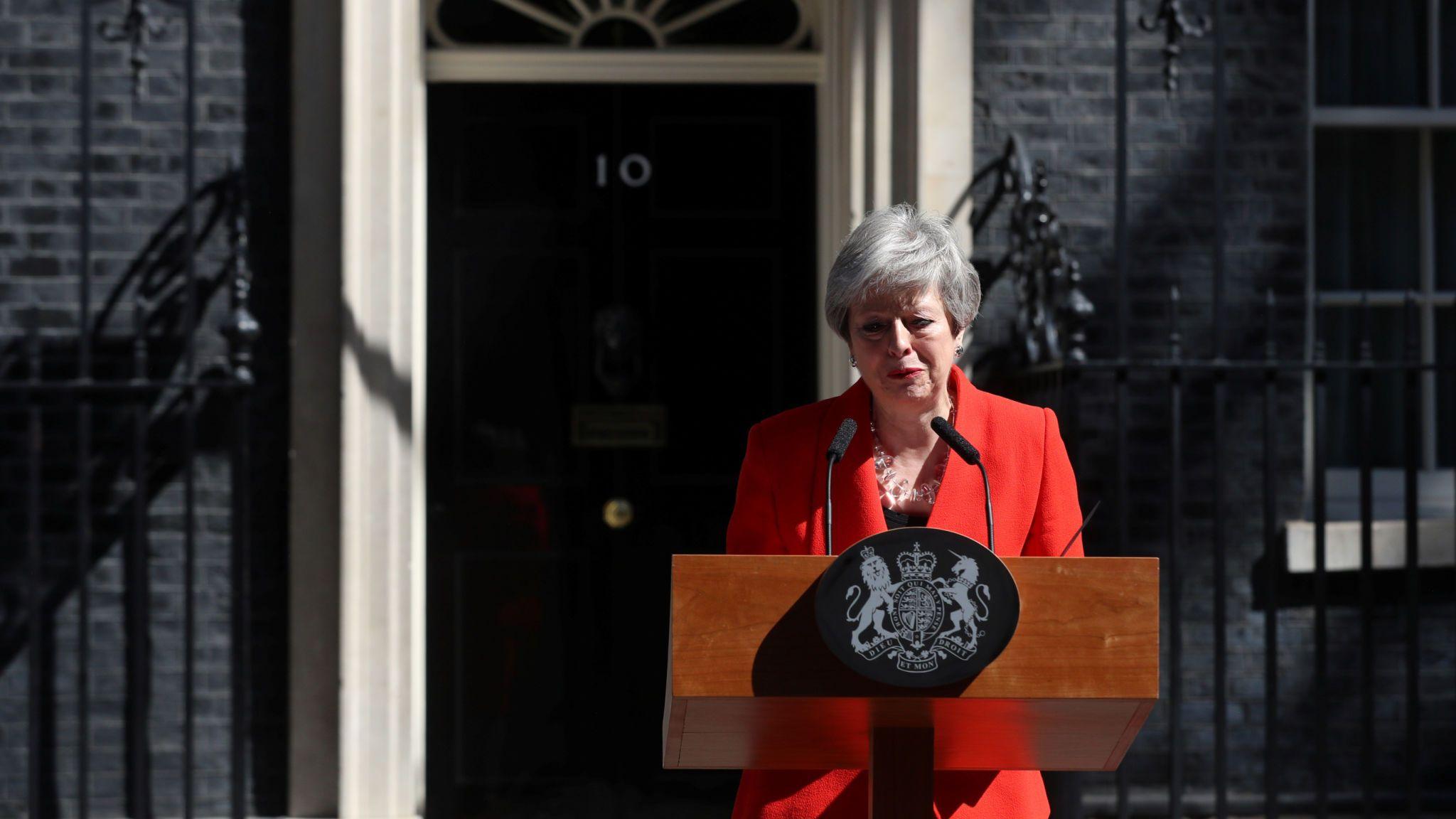 چرا نخست وزیر بریتانیا استعفا کرد؟/سرنوشت برگزیت چه میشود؟