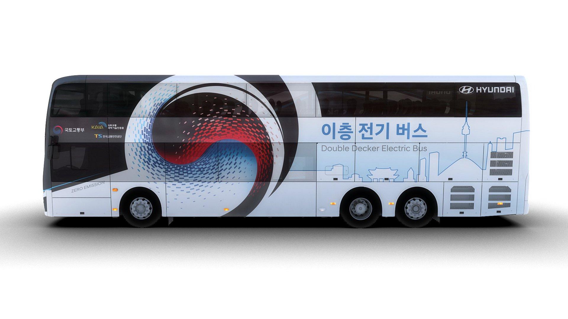 اولین اتوبوس تمام الکتریکی و دو طبقه هیوندای