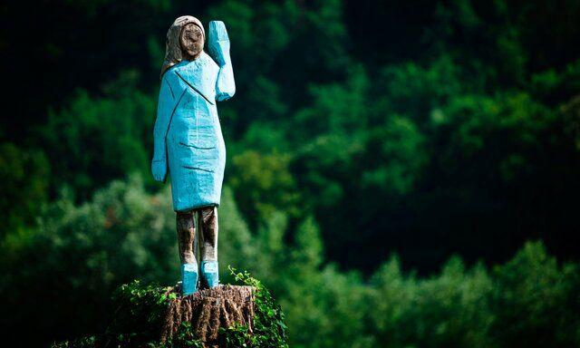 ساخت مجسمهای عجیب از همسر ترامپ
