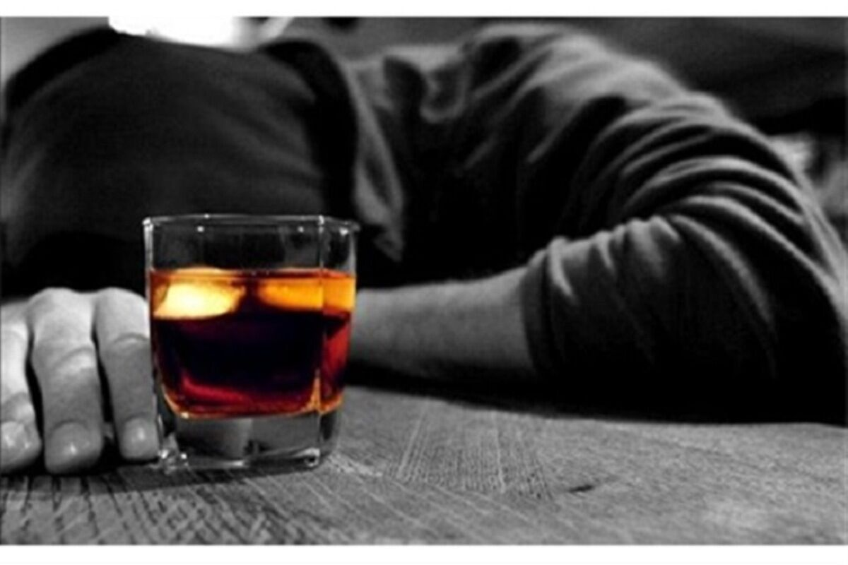 مصرف مشروب الکلی مسموم دو نفر را در قشم کشت