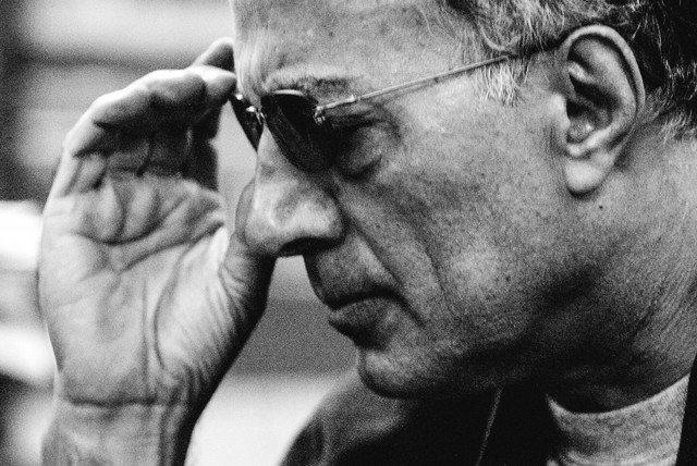 چرا پرونده پزشکی عباس کیارستمی فراموش شد؟!