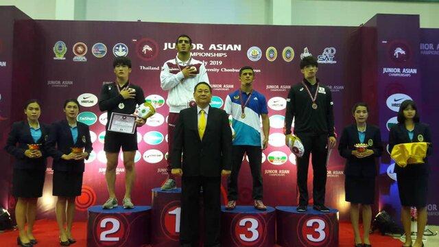 ۳ طلا و یک نقره تیم ملی کشتی آزاد جوانان ایران در روز نخست قهرمانی آسیا