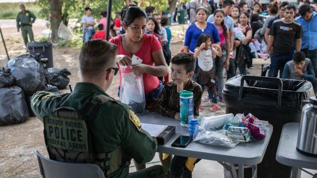 مقررات جدید در آمریکا مانع پناهندگی هزاران نفر
