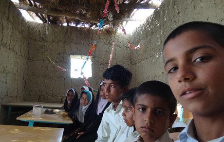 وجود 400 مدرسه خشت و گلی در ایران / 30 درصد فضاهای آموزشی کشور فرسوده است