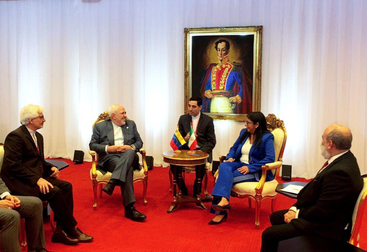 دیدار ظریف با معاون اول رئیس جمهور ونزوئلا (عکس)