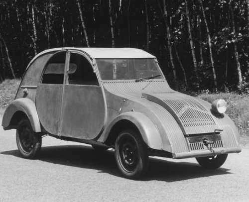 سیتروئن ۱۰۰ ساله شد؛ از ژیان تا کسب افتخار در مسابقات اتومبیلرانی (+عکس)