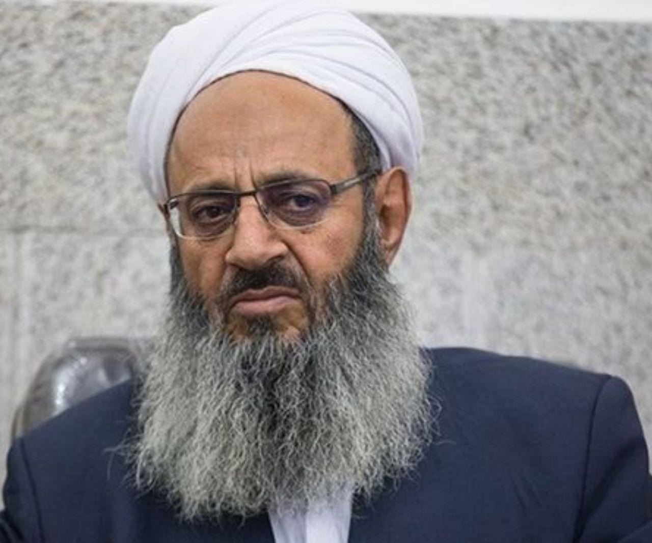 مولوی عبدالحمید: اسلام دین مذاکره و گفتوگو است/حق توهین به مقدسات مردم را نداریم