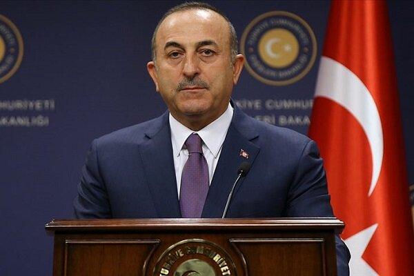وزیر خارجه ترکیه: تحریمها علیه ایران به منطقه زیان میرساند