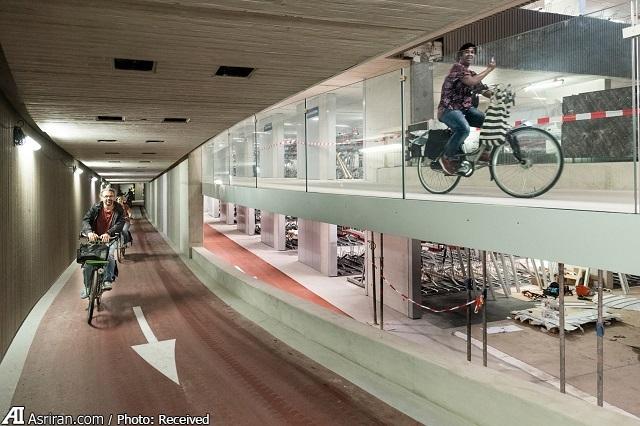 بزرگترین پارکینگ دوچرخه جهان در هلند! (+تصاویر)