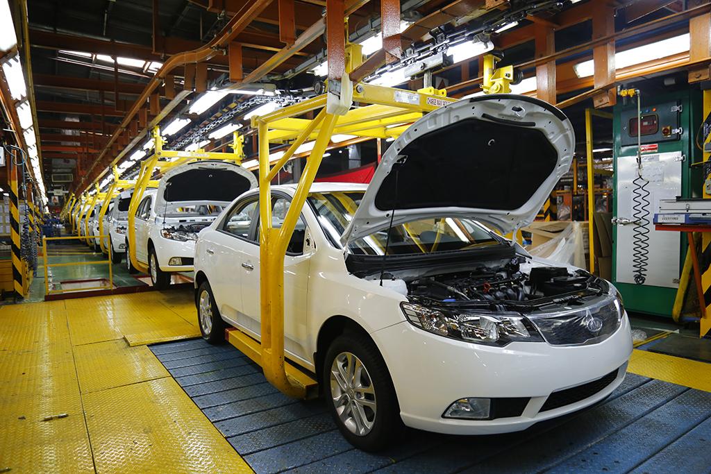 وزارت صمت: مشتریان سراتو نگران ایفای تعهدات نباشند/ هیچ تصمیمی برای واردات خودرو نداریم