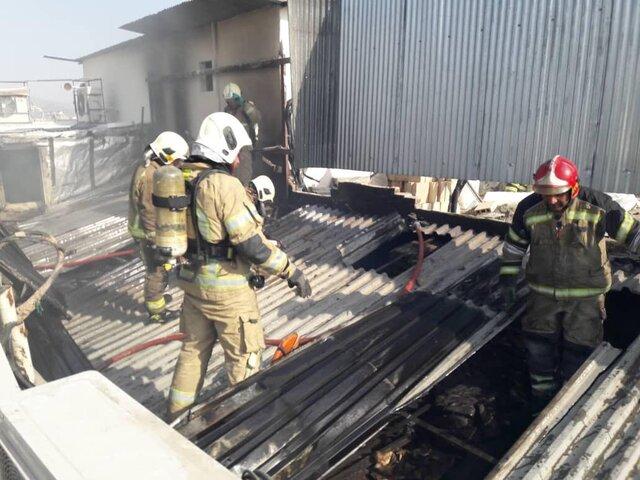 آتش سوزی در یک پاساژ تجاری بازار تهران
