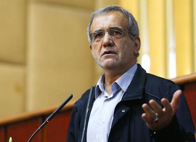 پزشکیان: سیاست وزارت بهداشت در رابطه با درمان غلط است