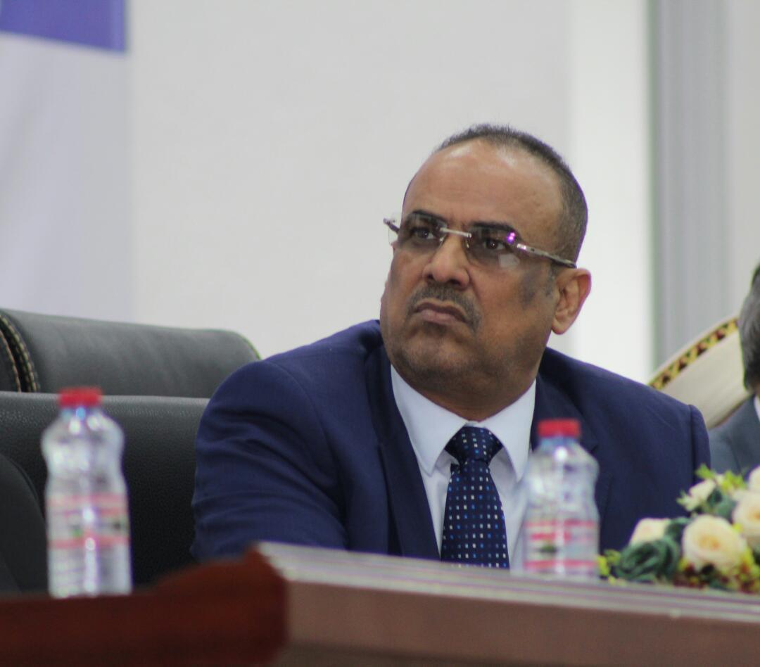 وزیر کشور دولت منصور هادی یمن: امارات در سایه سکوت عربستان گوش تا گوش سر ما را بُرید