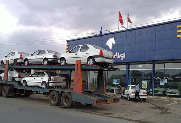 ایران خودرو روز گذشته 3 هزار خودرو به مشتریان تحویل داد/ تحویل 20 هزار خودرو تا 2 شهریور