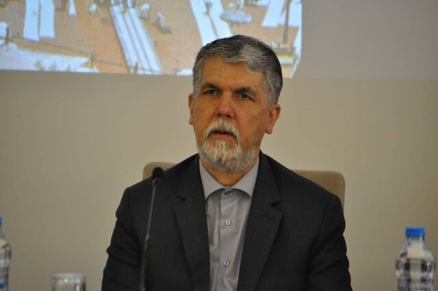 وزیر ارشاد: تهران باید «تکیه دولت» خودش را داشته باشد