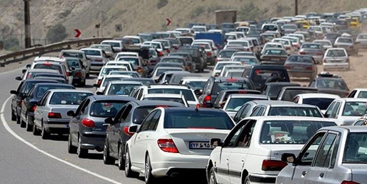 ترافیک سنگین در جاده چالوس و سهراه مرزنآباد/کندوان فردا یکطرفه است