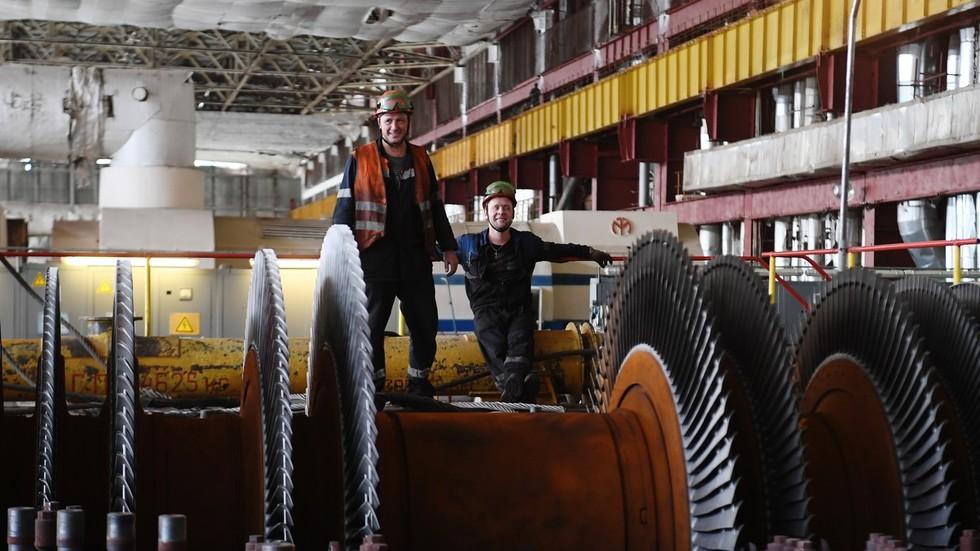 پیشنهاد جدید در روسیه: 4 روز کار - 3 روز تعطیلی