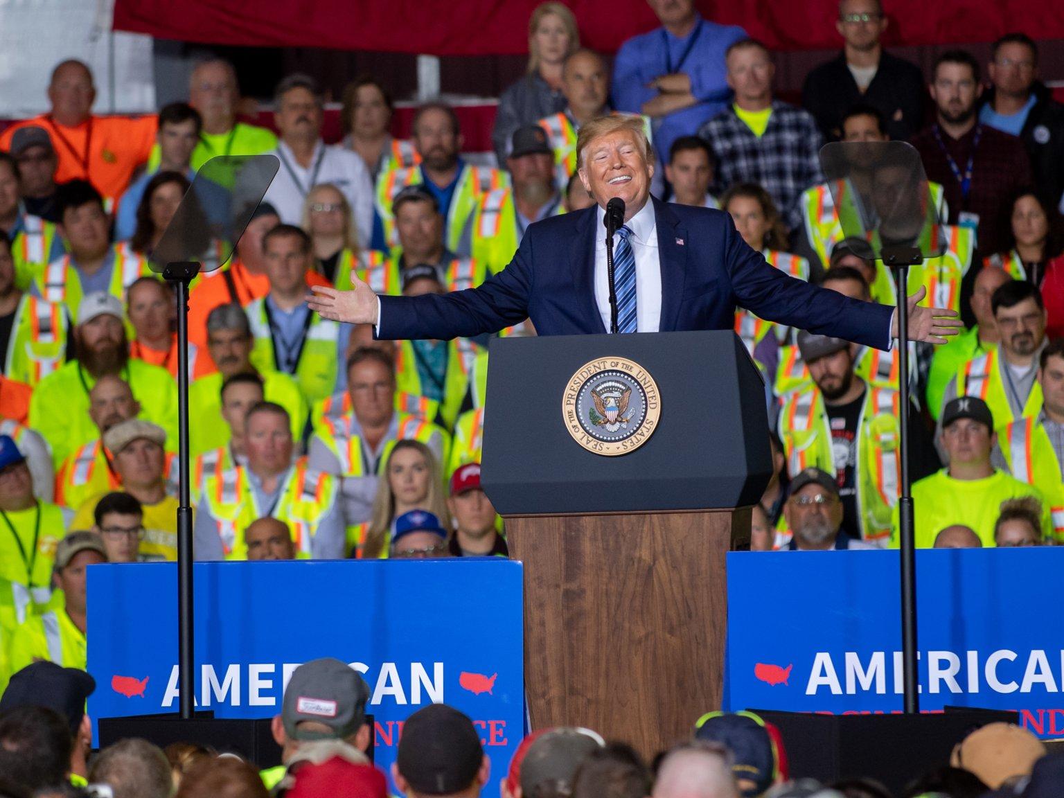 در سخنرانی ترامپ شرکت کنید یا از حقوق خود صرف نظر کنید