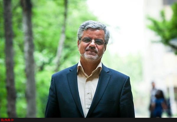 واکنش محمود صادقی به نامه نگاری آملی لاریجانی و یزدی: چرا زمانی که فرد در مصدر کار هست آن موقع نقد نمی شود