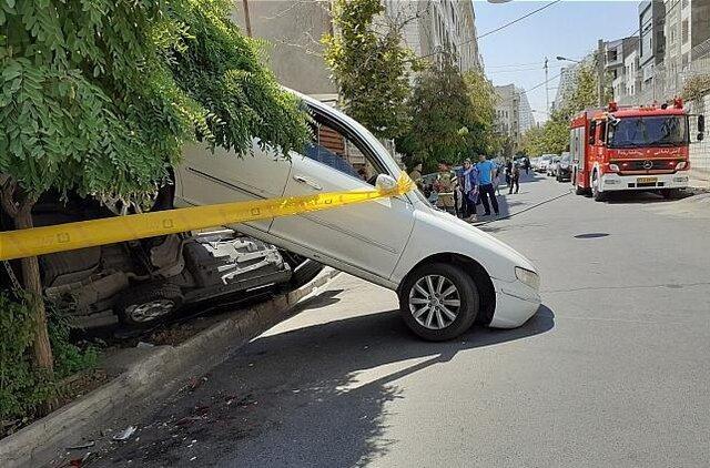 تصادف عجیب رانا و هیوندا در خیابانی فرعی در تهران(+عکس)
