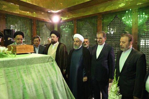 روحانی: انتقاد از دولت نه تنها بلامانع بلکه بیهزینه و با جایزه بوده است/ ما نسل اولی ها باید خانه را جارو بزنیم و تحویل نسل جدید بدهیم